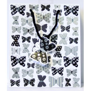 """Butterflies Black/White"" Gavepose medium"